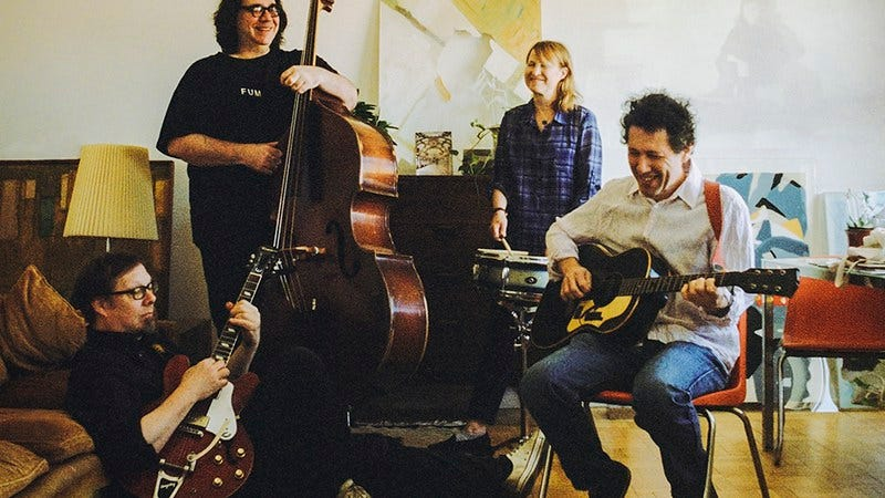 Illustration for article titled Yo La Tengo announces new cover-heavy LP