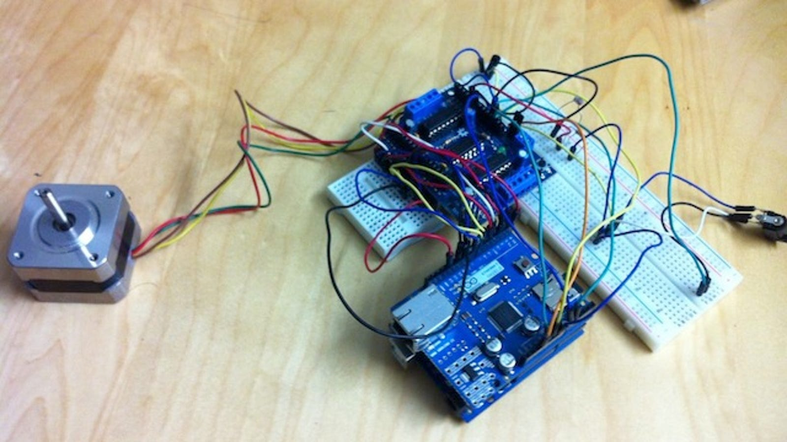 Build your own arduino powered automatic blinds solutioingenieria Image collections