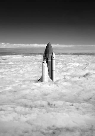 Illustration for article titled I Wish This Amazing Photo of the Space Shuttle Piercing the Clouds Were Real