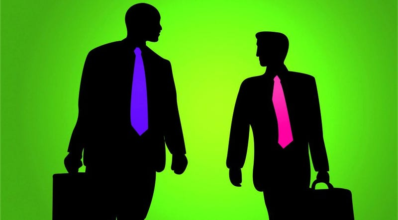 Illustration for article titled Mimic Your Boss's Body Language to Build Rapport and Get Ahead