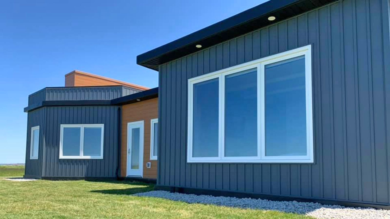 This Hurricane Proof House Made From 612,000 Recycled Plastic Bottles Can Withstand 326 MPH Winds