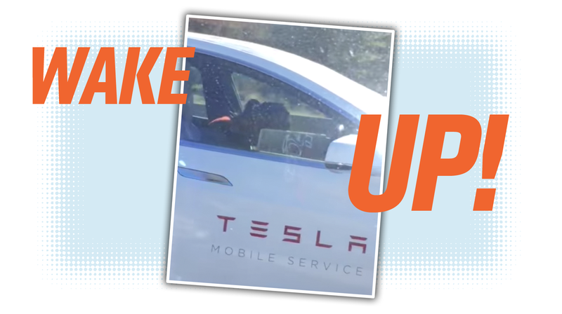 Illustration for article titled This Sure Looks Like A Tesla Employee Asleep While Using Autopilot