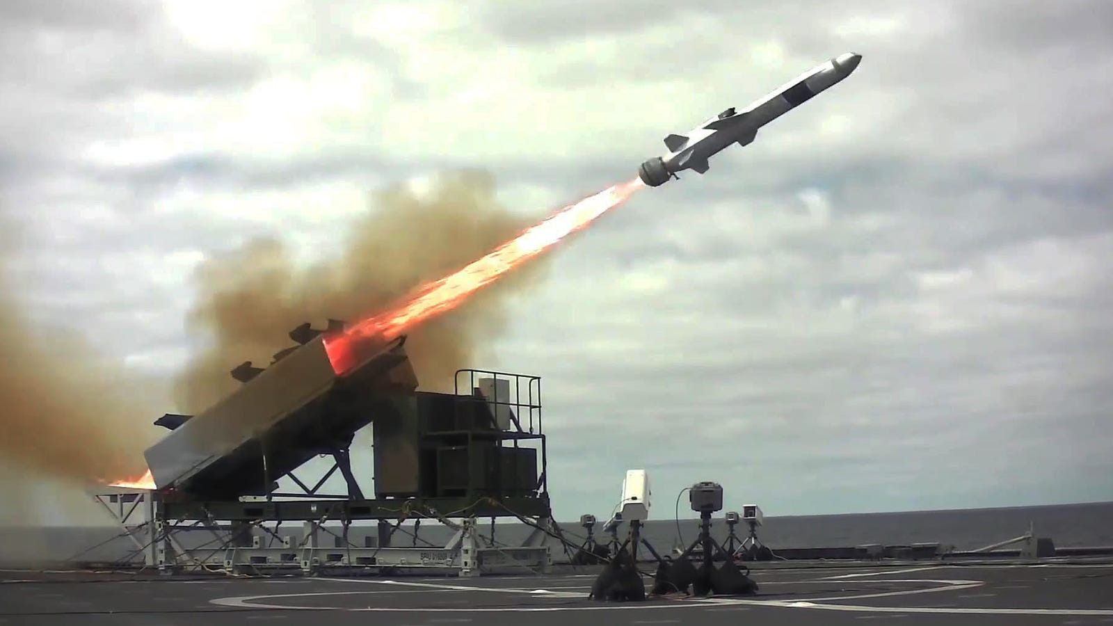 Us Navy Looking To Arm Its Logistics Ships With Missiles And Commandos
