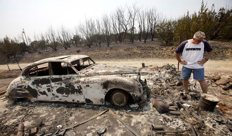 Illustration for article titled Texas wildfires claim vintage Jaguar