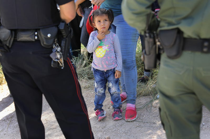 Illustration for article titled Trump Administration Has Missed Deadline to Reunite Children Separated From Parents