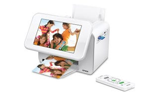 Illustration for article titled Epson PictureMate Show Is Sort of a Photo Frame, Sort of a Printer