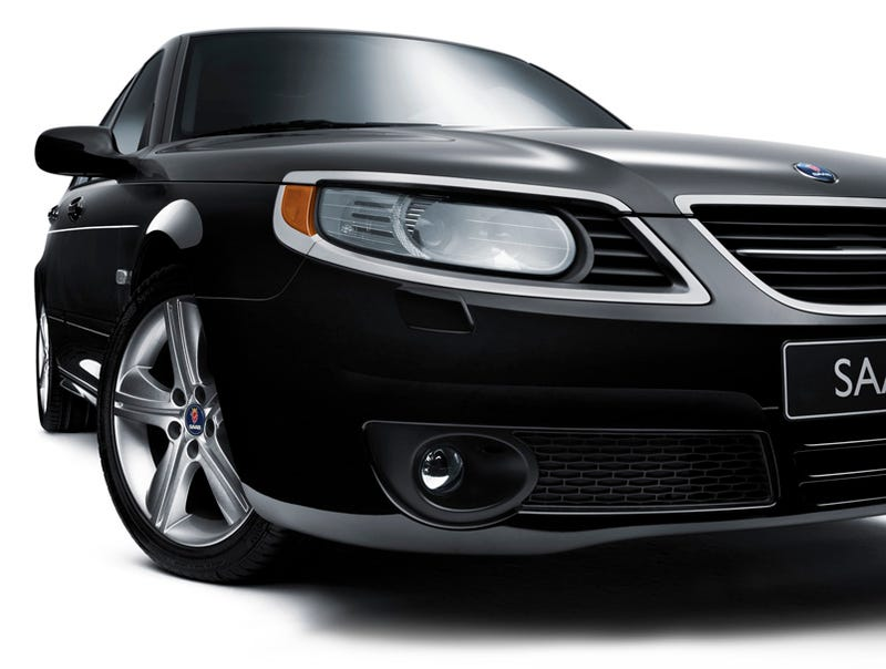 Illustration for article titled 2009 Saab 9-5 Griffin Edition Flying Into Detroit