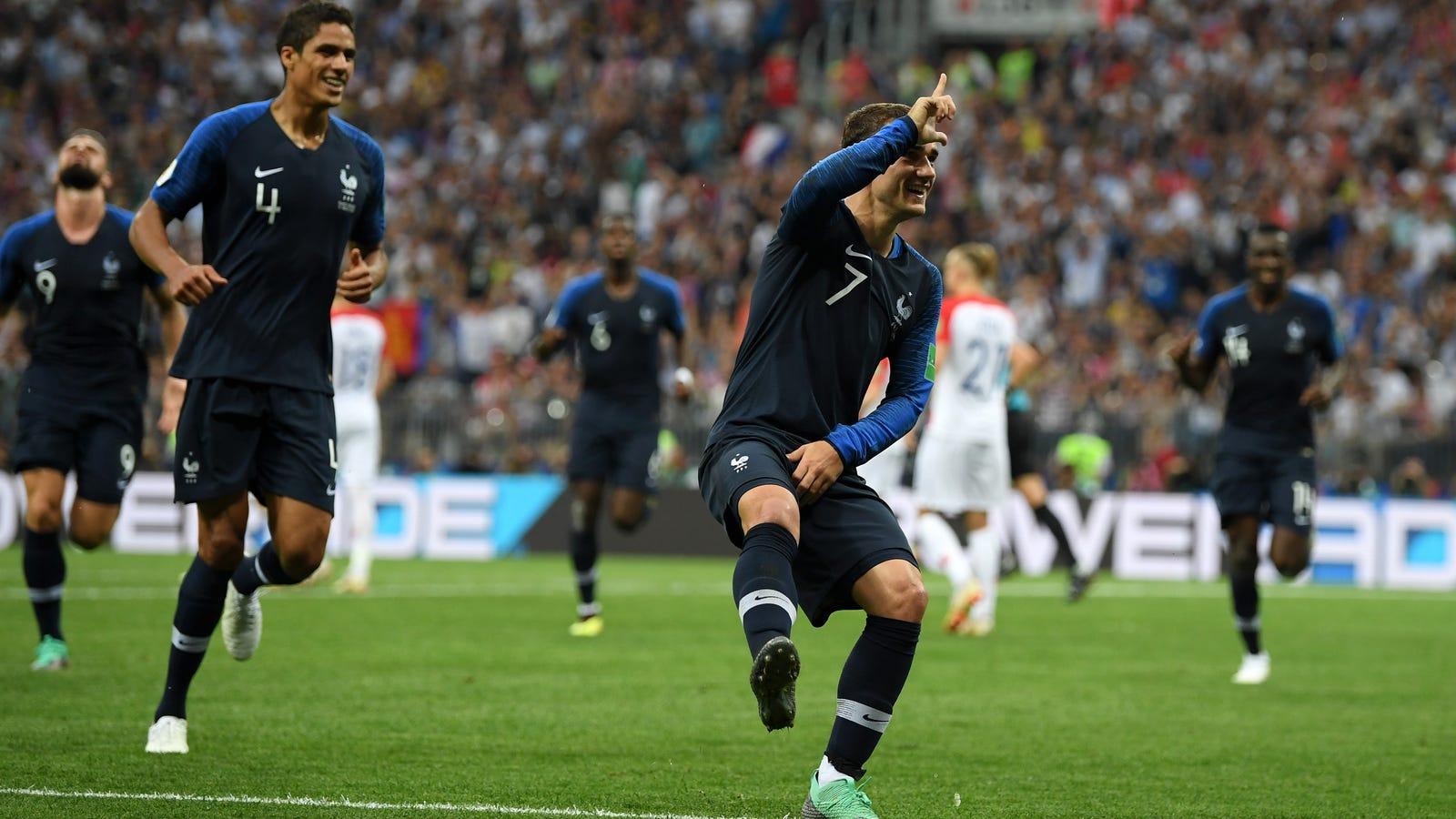 World Cup Player Celebrates Goal With RudeFortnite Emote