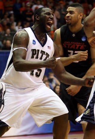 Illustration for article titled Pitt Holds On; Thousands of Brackets Avoid Enraged Shredding