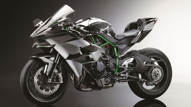 Illustration for article titled The Psychotic 300-HP Kawasaki Ninja H2R Is A Hellcat On Two Wheels