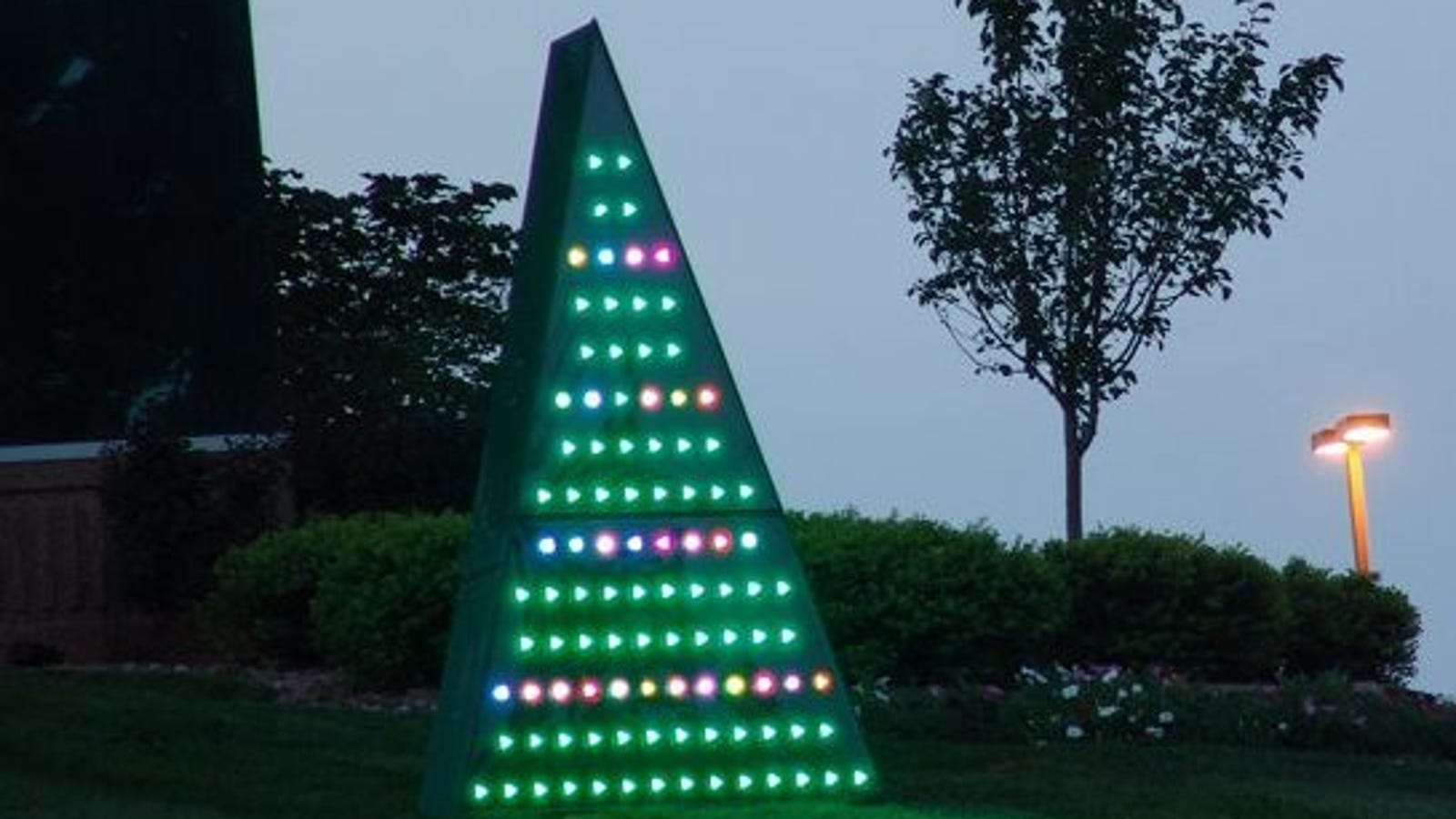 The pros and cons of led christmas lights