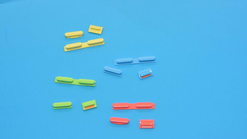 Illustration for article titled I Want to Believe These Colorful iPhone 5c Parts Are Real