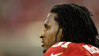 Illustration for article titled Ray McDonald Charged With False Imprisonment, Domestic Violence (Update)