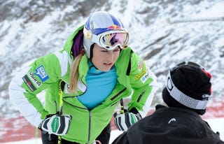 Illustration for article titled Lindsey Vonn Determined Far Too Awesome a Downhill Skier to Compete with the Dudes