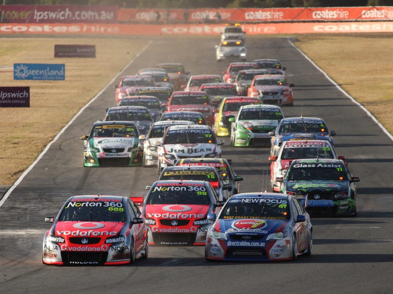Illustration for article titled V8 Supercars is the best racing series.