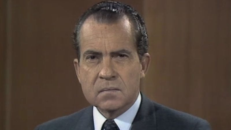 Illustration for article titled Nixon gets socked in Laugh-In's most famous, and influential, five seconds