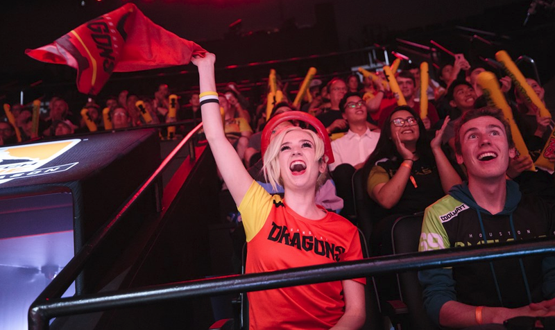Shanghai Dragons fans last night.