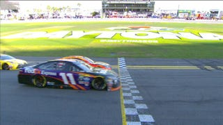 Illustration for article titled Denny Hamlin Wins Closest Daytona 500 Ever With Insane Photo Finish