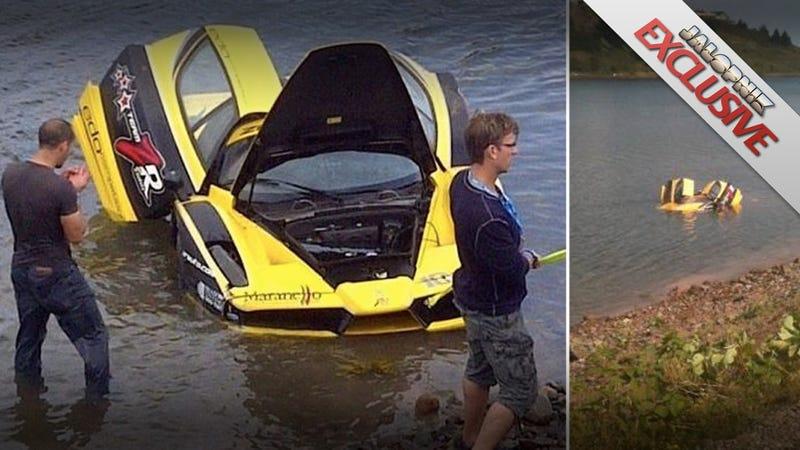 Illustration for article titled $1.5 million Ferrari Enzo crashes into Canadian lake