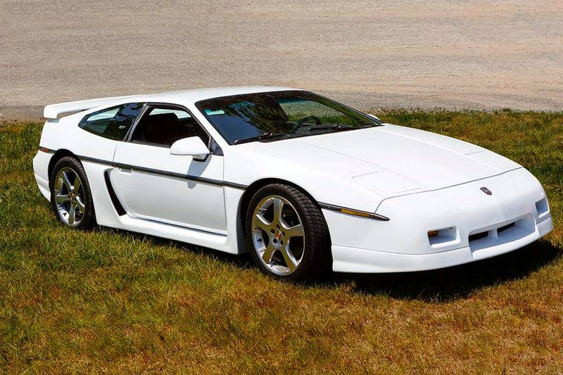 Illustration for article titled At $18,000, Could This Custom Chopped 1987 Pontiac Fiero V8 Lower The Boom?