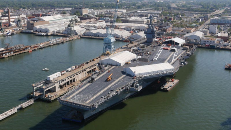 Foto: USS Gerald Ford (AP Images).