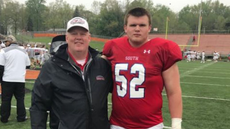Kent State University football player dies after collapsing at practice