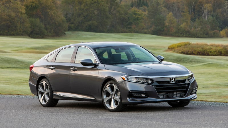 The 2018 Honda Accord Touring Image