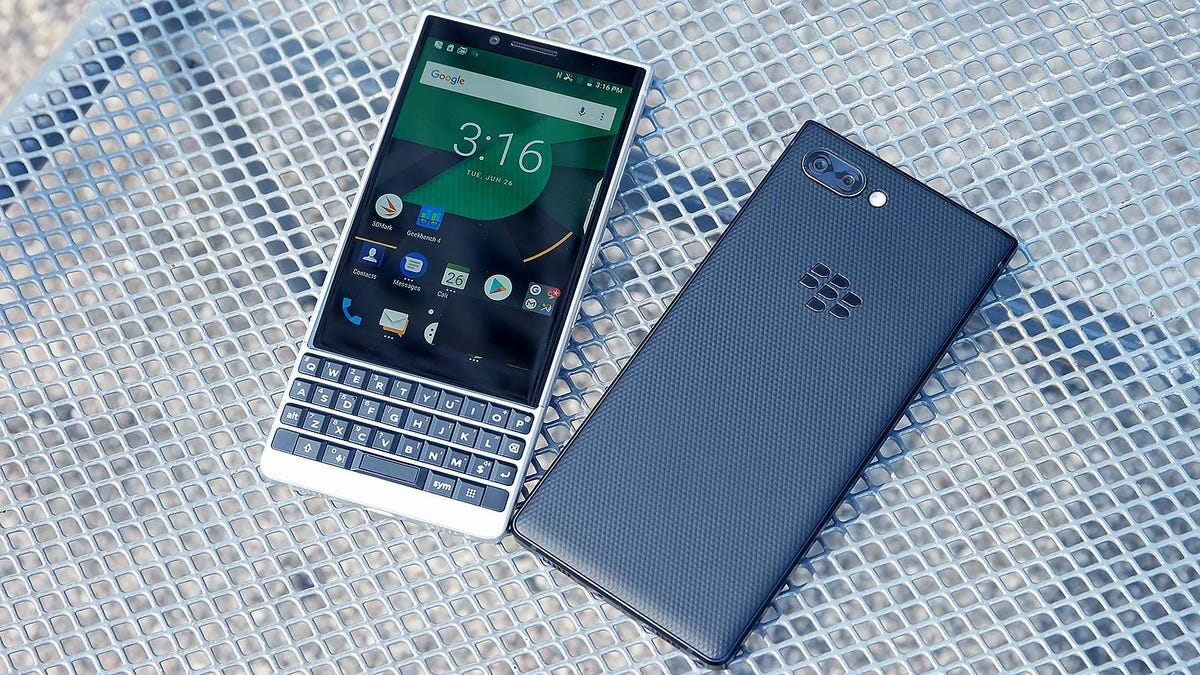 BlackBerry Key2 Review: Better Keyboard, But Bad Cameras