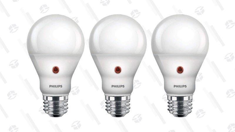 Pack de tres luces Philips LED   $18   AmazonGráfico: Shep McAllister