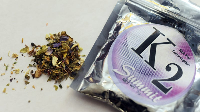 Illustration for article titled Synthetic weed may cause heart attacks, but it's tough to ban