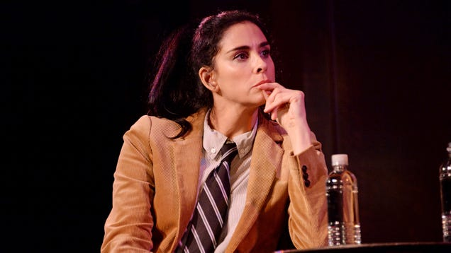 Sarah Silverman lands late-night comedy pilot on HBO