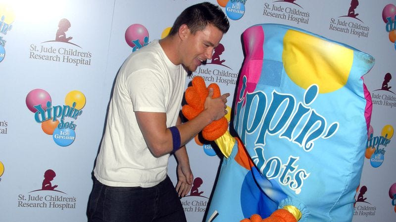 Channing Tatum and his pal Dippin' Dots (Photo: Barry King/WireImage)