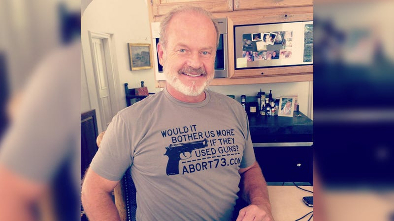 Illustration for article titled Kelsey Grammer Declared His Anti-Abortion Views By Wearing an Ugly T-Shirt