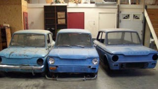 Illustration for article titled Trio of Hillman Imps define project car hell