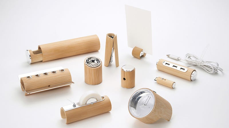 Illustration for article titled Minimalist Bamboo Desk Set: The Wood Makes It Good