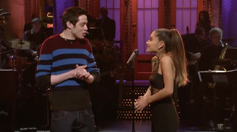 Illustration for article titled Pete Davidson and Ariana Grande Were Flirting About Having Babies