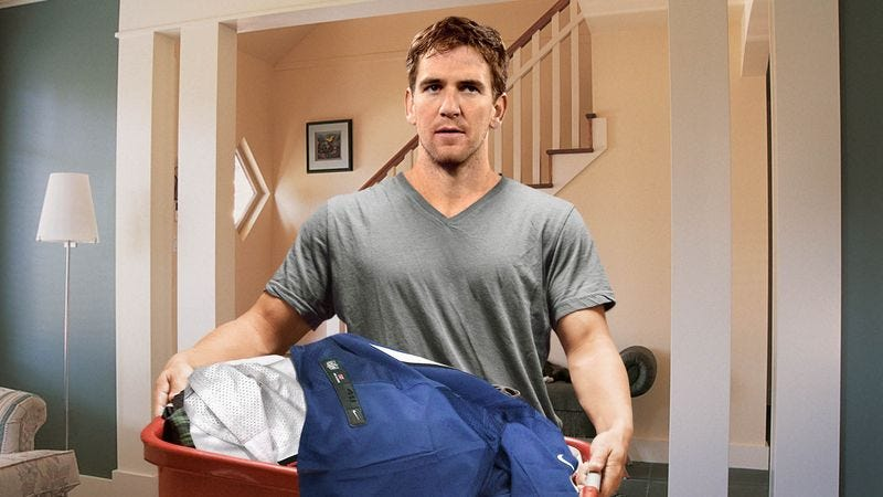Illustration for article titled Eli Manning Drops Off Dirty Game-Day Uniforms At Parents' House