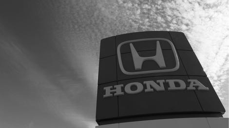 A guide to owning a car in new york the city that hates cars why you should never try to buy a honda in new york city solutioingenieria Gallery