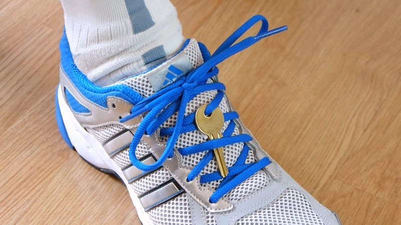 Illustration for article titled Tie Your House Key Into Your Shoelaces When You Go for a Run