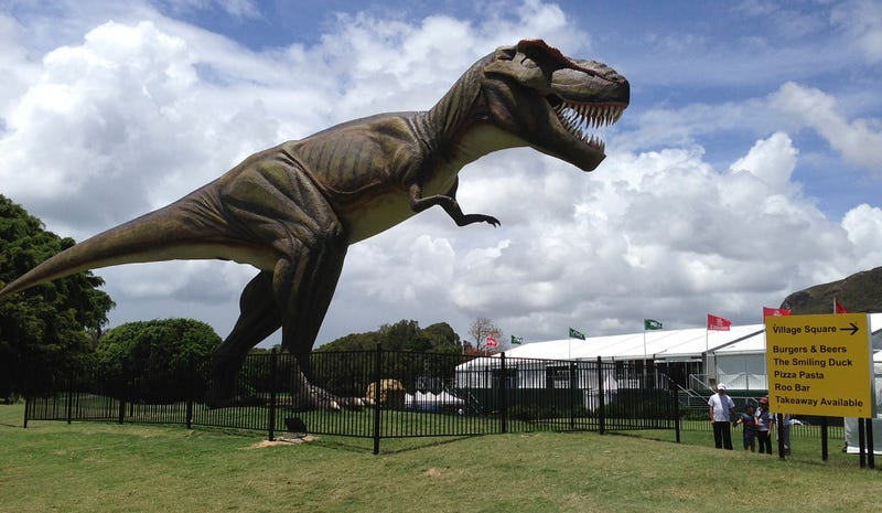 Illustration for article titled Giant Animatronic T-Rex Forces Australian PGA Championship To Relocate