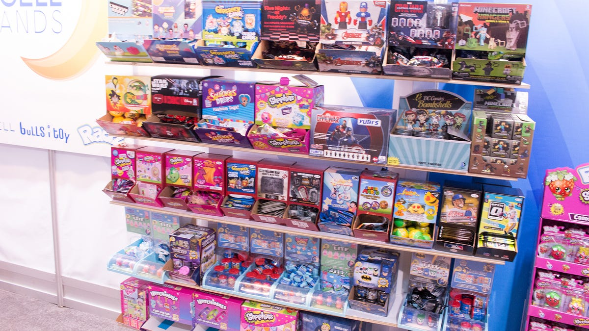 80 Toy Action Figure Shelves - bm3eij75jdoslcswko1a_Cool 80 Toy Action Figure Shelves - bm3eij75jdoslcswko1a  2018_911443.jpg
