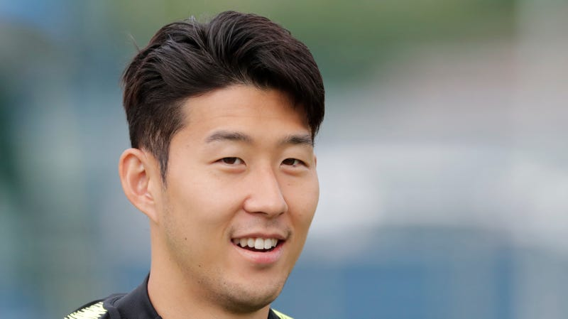 Illustration for article titled Tottenham's Son Heung-Min Avoids Compulsory Military Service With South Korean Gold Medal At Asian Games