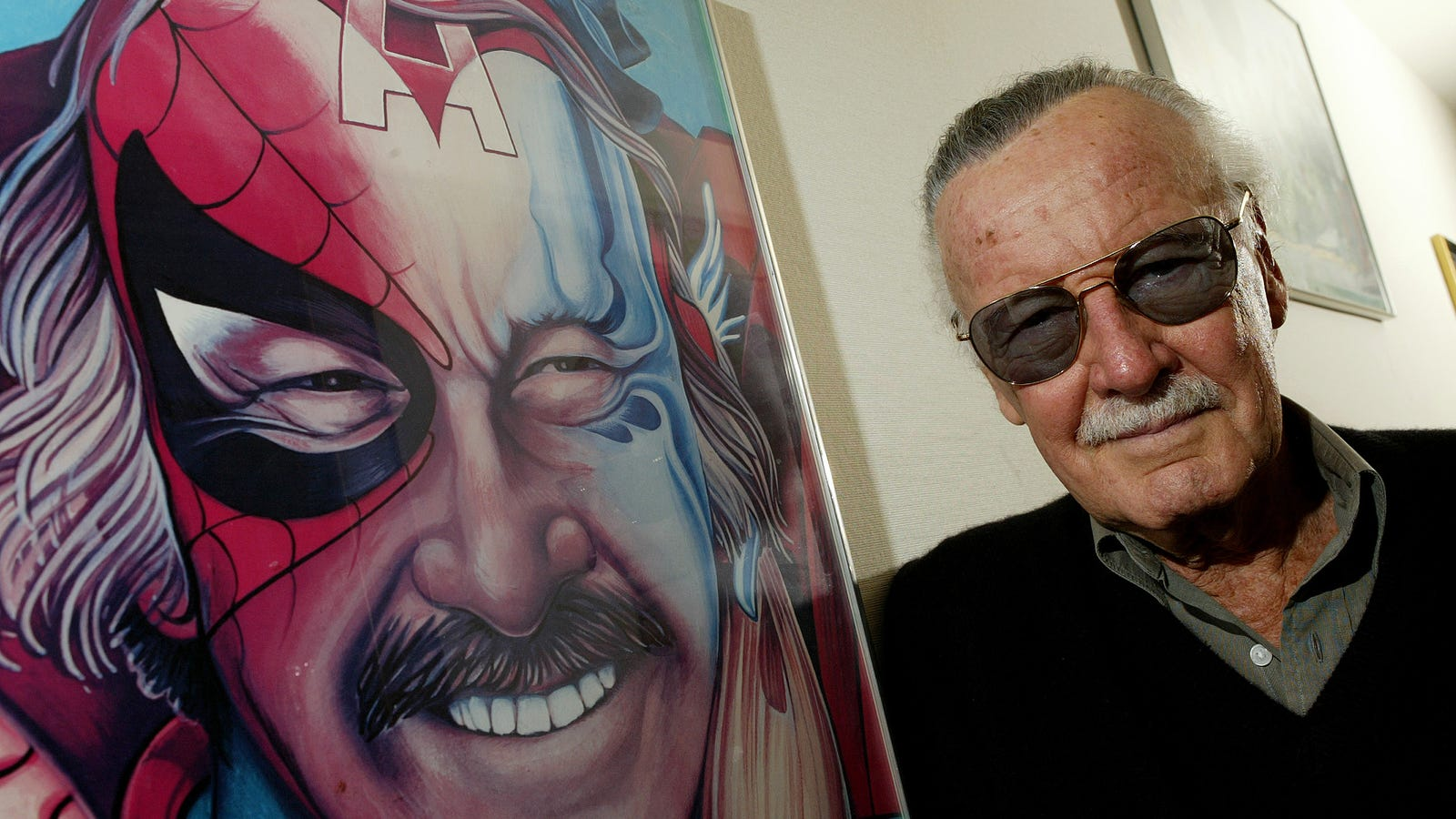 Stan Lee's Daughter Claims No One From Marvel or Disney Reached Out After His Death