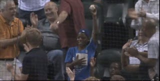 Illustration for article titled Child At Astros Game Catches Foul Ball In Popcorn Bucket