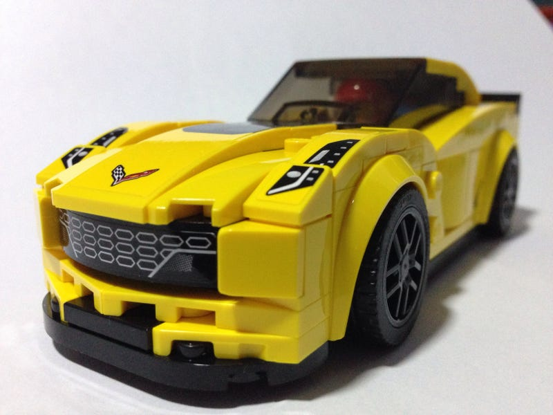 Illustration for article titled Muscle Monday: LEGO Speed Champions Corvette Z06
