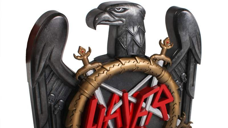 Illustration for article titled Slayer's new album will be encased inside a 7-pound metal eagle