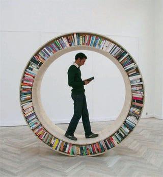 Illustration for article titled Circular Walking Bookshelf