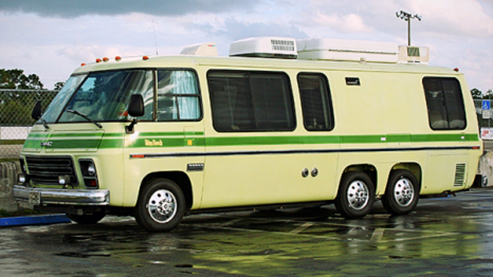 Gmc Camper >> The Gmc Motorhome A Retrospective