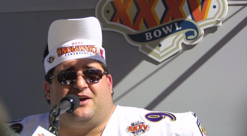 Illustration for article titled Tom Brady's Cock Is Two Feet Long, Penn State Is A Cult, And Other Things We Learned From Tony Siragusa's Autobiography