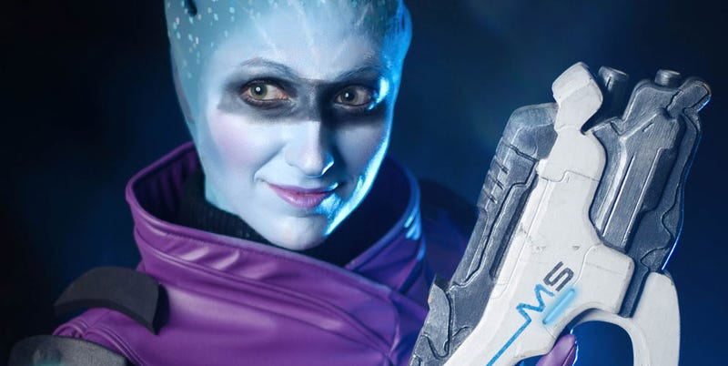 Illustration for article titled Mass Effect: Andromeda Cosplay Gets The Stare Right